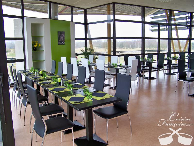 restaurant les terrasses du golf bourges cuisine fran aise. Black Bedroom Furniture Sets. Home Design Ideas