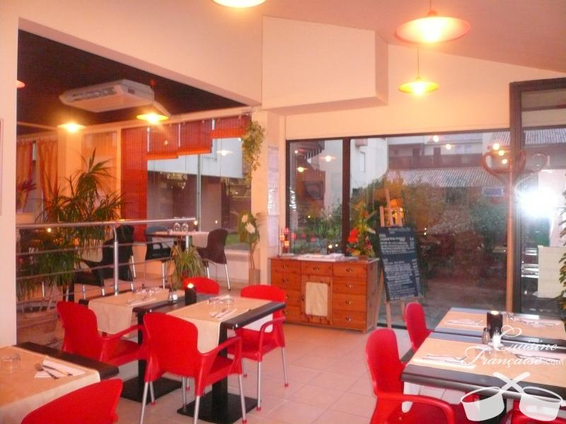 restaurant pile ou face capbreton cuisine fran aise. Black Bedroom Furniture Sets. Home Design Ideas